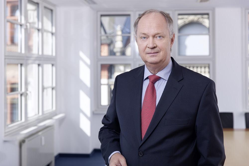 Portrait Steffen pruggmayer anwalt leipzig fachanwalt arbeitsrecht gewerblicher rechtsschutz marken und wettbewerbsrecht krankenhaus und vertragsarztrecht urheber und medienrecht.jpg